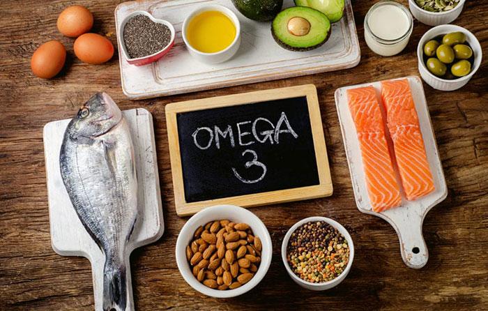 Vôi hóa cột sống cổ nên ăn cá béo, omega3
